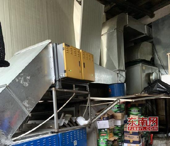 莆田一饭店存油烟污染被?#31471;?执法部门:饭店已按要求整改到位