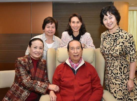 赌王病情疑恶化 赌王为什么可以娶四个老婆,17个子女介绍!