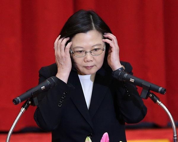 孙大千:蔡英文为赢大选 欲成为拼命挑衅的好战分子