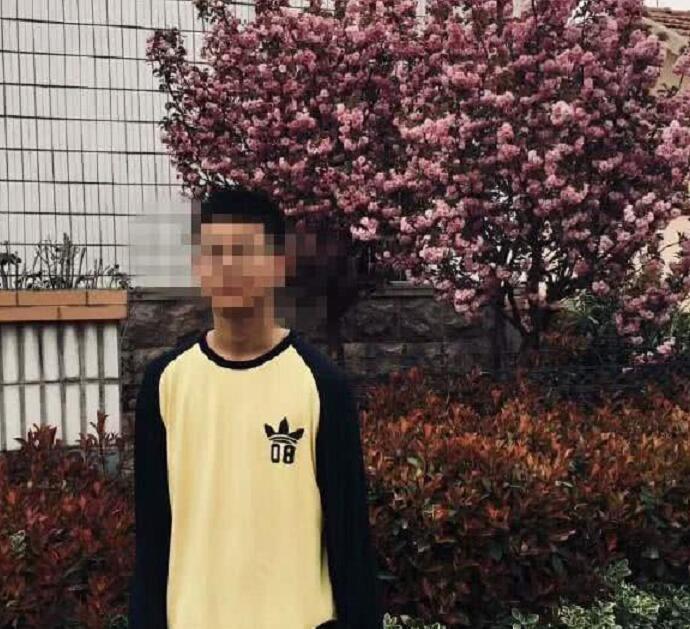 青岛留遗书男孩父亲回应 青岛15岁男孩为什么出走?#19994;?#20102;吗遗书曝光