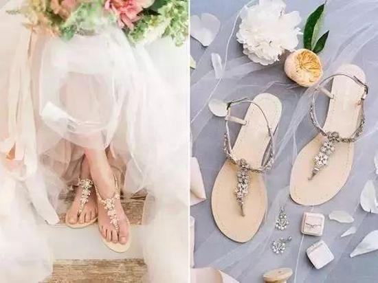 婚礼上放过你的脚 平底鞋带你走进新世界
