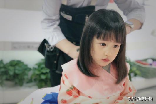黄磊晒多妹新发型网友直夸 多妹可爱呆萌又能古灵精怪颜值又高了