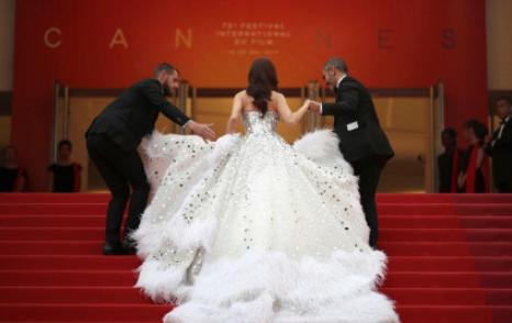 戛纳最佳红毯造型是什么样的?郑秀妍为什么被评为2019戛纳最佳造型