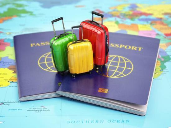 美国议员提出新法案 要求收紧中国留学生签证