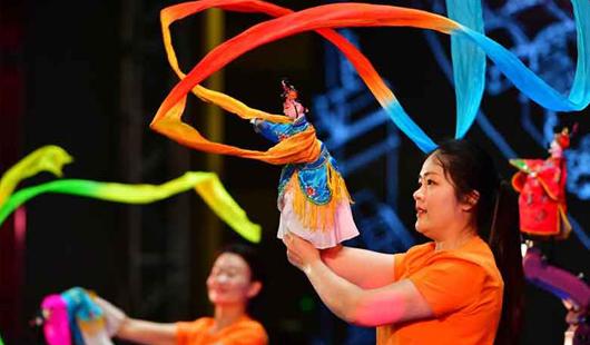 晋江举办2019年文化旅游节 掌中木偶机器人首秀