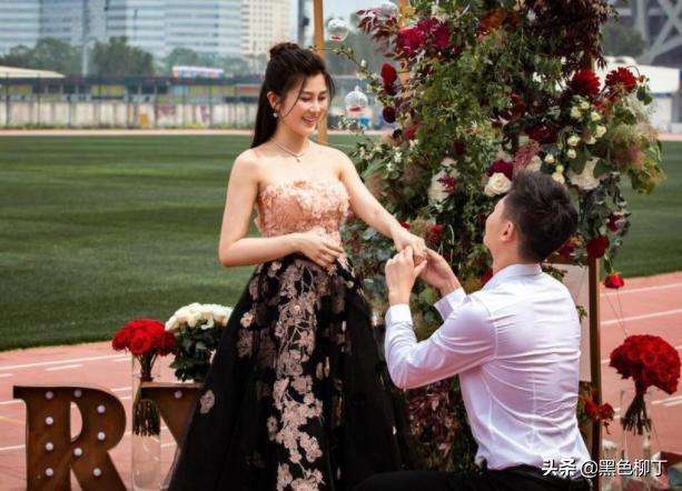 张培萌求婚成功!揭秘飞人未婚妻:主持人,女神级人物颜值出众