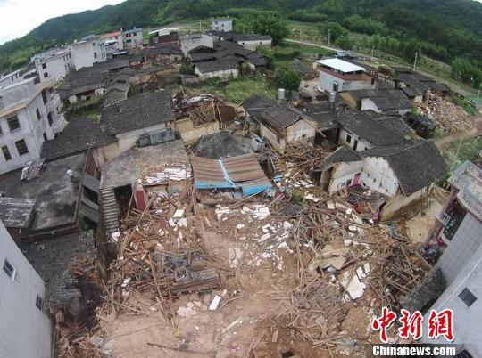三明清流遭遇暴雨洪灾经济损失2.3亿元