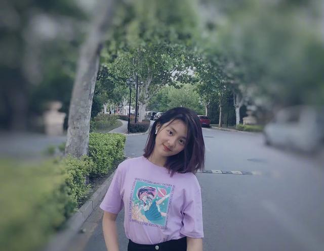 黄多多墨麒麟在一旁淡淡�_口的新发色,仙女紫,少女初长成№的模样也太美好啦!