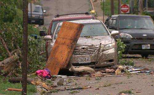 龙卷风袭击美国最新消息 龙卷风袭击美国现场图曝光伤亡情况如何