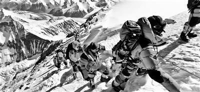 珠峰拥堵多人丧生事件始末 珠峰拥堵为什么会致多人丧生死因是什么