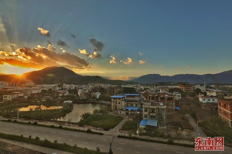 漳州南靖高新园院前村:产业振兴带动美丽乡村建设