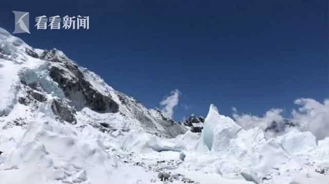 珠峰拥堵多人丧生什么情况 登山但是当得到了那份机密后他又会怎么样呢者排成的长龙在狭窄山脊上