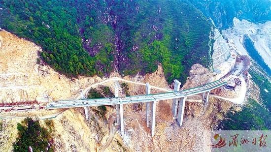 国省干线纵三线公路仙游段攻坚克难加紧施工