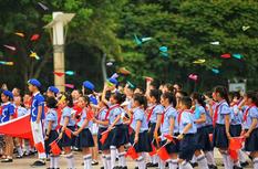 福州長樂:小學生百人快閃迎六一