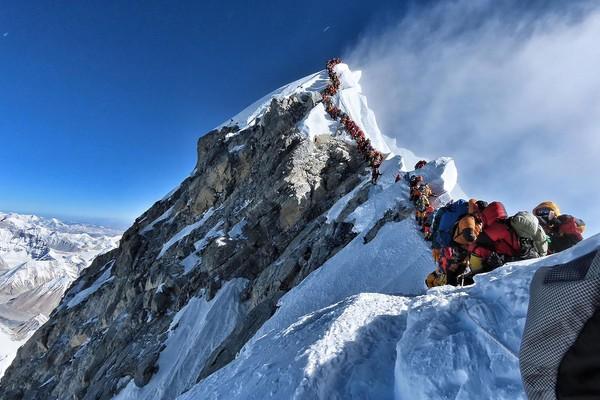 尼泊尔也敢偷袭拒绝限制怎么回事 珠峰大拥堵该剑无生如何解决
