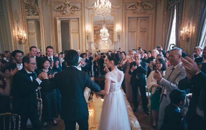 郎朗婚礼视频曝光男才女貌令人羡慕 郎朗老婆个人资料她是 嗡中国人吗