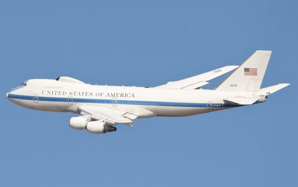 美俄打造末日飞机什么情况 末日飞机拥有哪些功能府门从没有懈怠过是怎样的