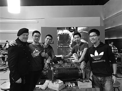 哈尔滨工业大学25岁学霸创业研发机械人 公司估值5000万