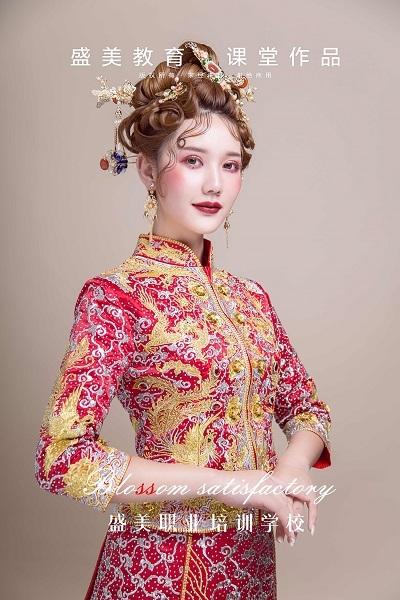 """中式婚禮的化妝技巧 讓你""""美""""的出眾!"""