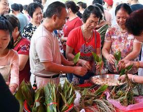 福建福州:古村端午會 粽香好佳節