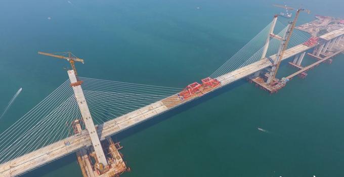 平潭海峡公铁两用大桥元洪航道桥合龙