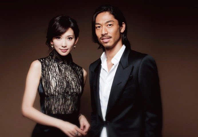 宣布结婚后,林志玲取出冷冻卵子随时备孕,曾坦言想生一对双胞胎
