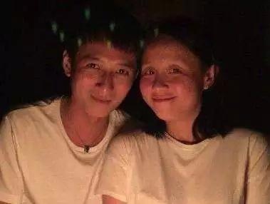 李维嘉龙丹妮结婚是真的吗?龙丹妮个人资料照片家庭背景