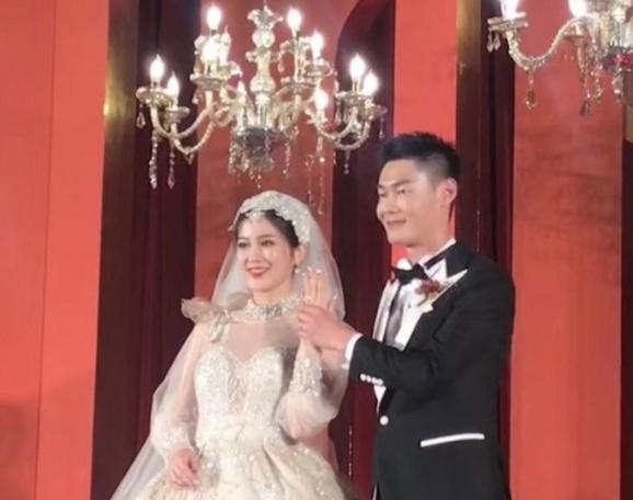 张培萌大婚新娘颜值居高不下 他现场一句话乐翻全场