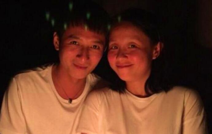 李维嘉龙丹妮双双否认是夫妻 李维嘉龙丹妮是什么关系?