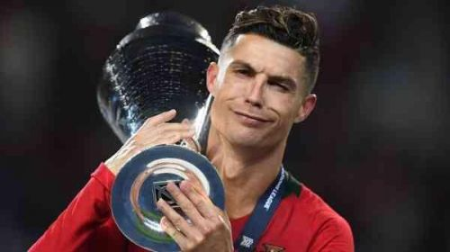 C罗再登欧洲之巅 葡萄牙捧欧国联冠军 C罗最终赢得了金靴奖