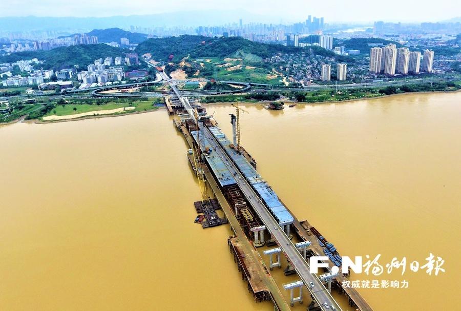 """新洪塘大桥主塔本周""""上梁"""" 14日22时至17日6时老桥禁止通行"""