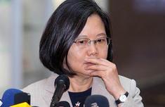 """台湾名嘴""""建议""""蔡英文这样连任 网?#30740;?#32763;了"""