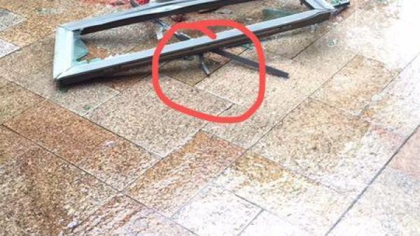 深圳一小区一月两起高空坠物,警方怀疑伤童玻璃窗系意外坠落