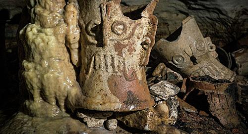 玛雅墓穴中现颅骨怎么回事 玛雅墓穴中的颅骨有什么作用