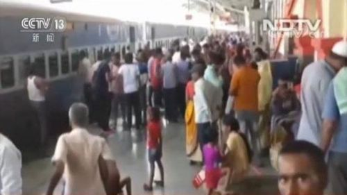印度火车热死乘客