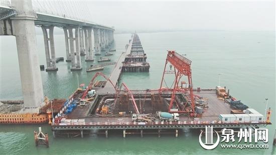 福厦铁路泉州湾跨海大桥主墩承台今日完成浇筑
