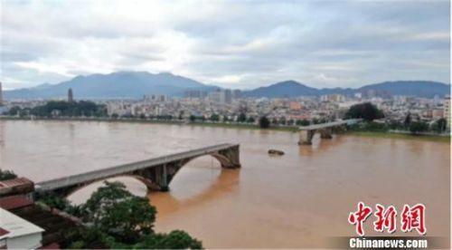 广东河源紫金桥垮塌最新消息 广东河源紫金桥垮塌现场图曝怎么回事