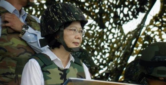 台退将:蔡英文应向乡亲们保证 台湾不能有战争