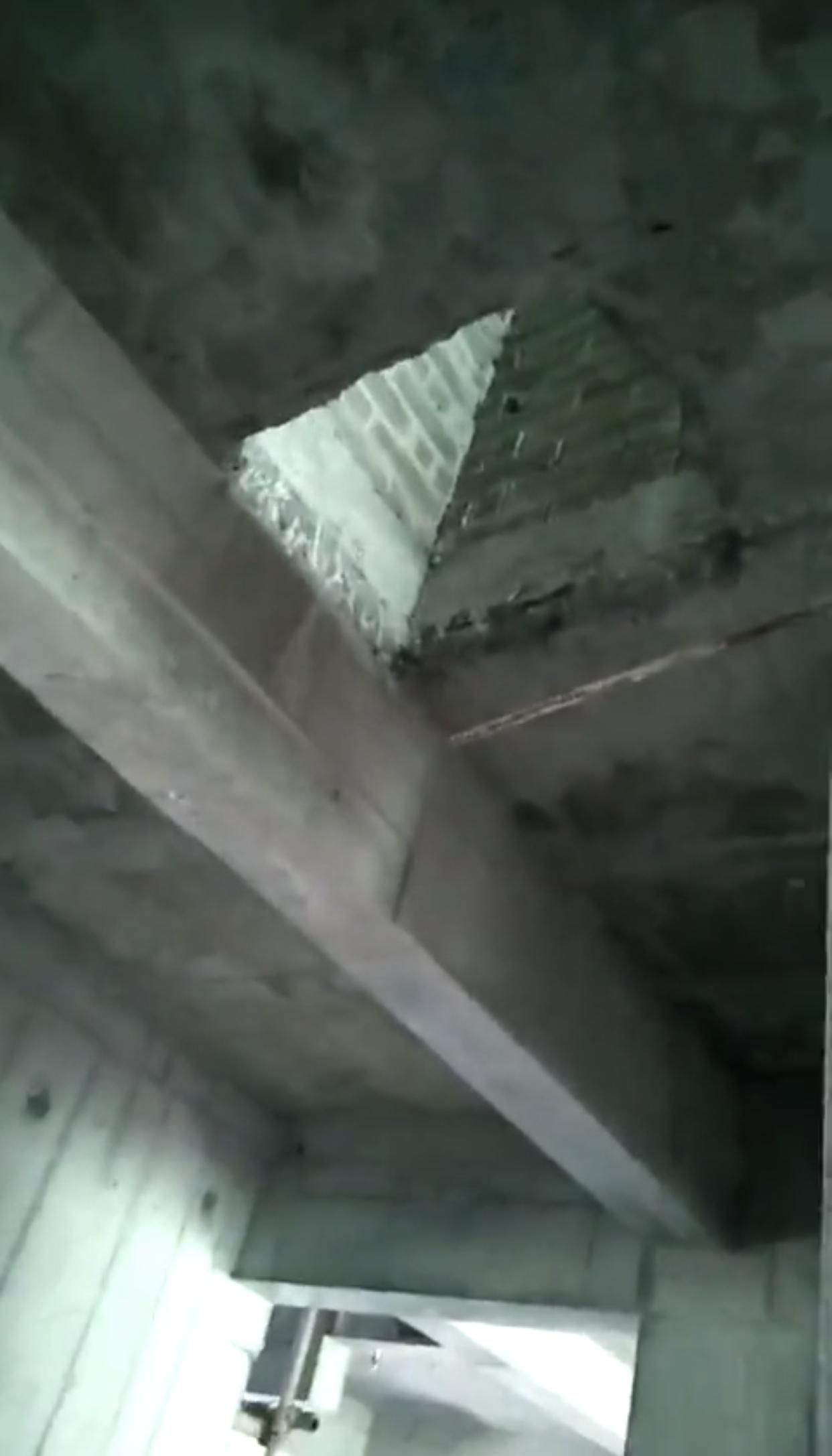 南安世茂璀璨天城二期1号楼 一民工室内坠楼死亡