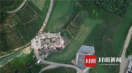 7岁男孩地震遇难令人悲痛 7岁男孩地震遇难详细情况房屋坍塌成废墟