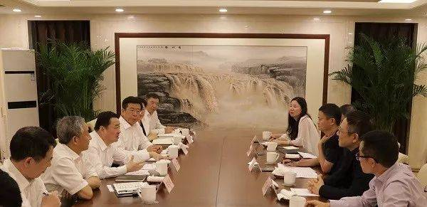 6月16日,郝鹏在国资委会见马云