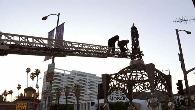 玛丽莲·梦露雕像竟然被偷走了!目击者称是被割下的……