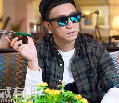 带着爸爸去留学黄成栋喜欢林飒吗?各个人物结局是什么?