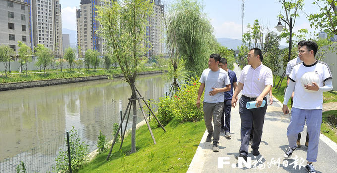 """福州市建设局有支百人""""护河团"""" 脱产驻点守护水清河畅"""