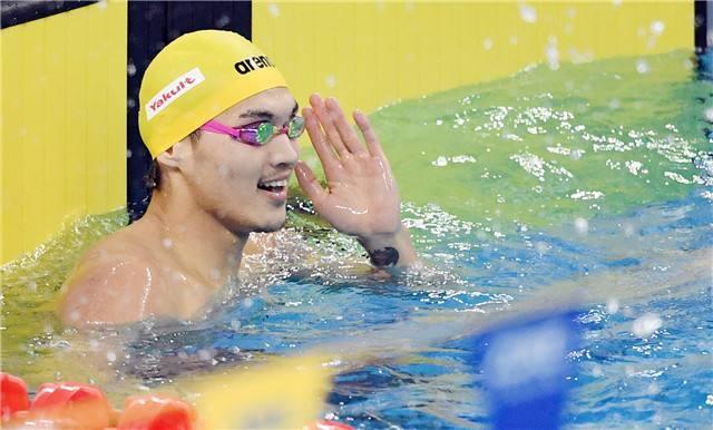 美国游泳赛闫子贝破100蛙亚洲纪录 徐嘉余三冠王