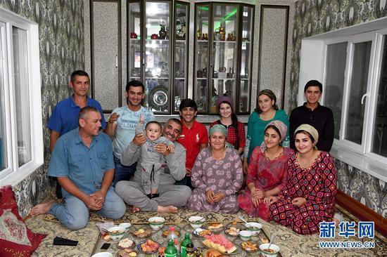 塔吉克斯坦青年學中文:帶來意想不到的發展機遇