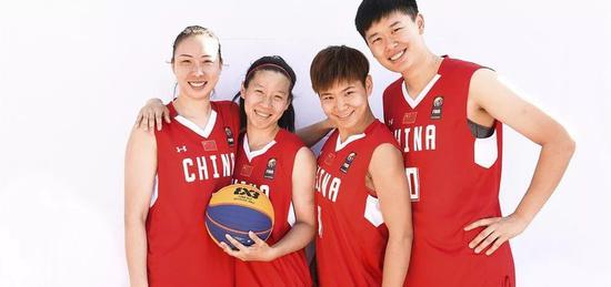 女篮夺世界冠军战况回顾 中国篮球史上第一个世界冠军诞生了