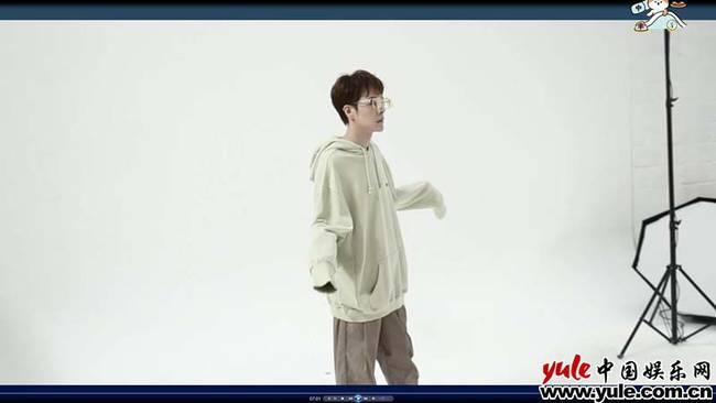 首支vlog发出徐海乔素颜曝光 原来颜值这么能打!
