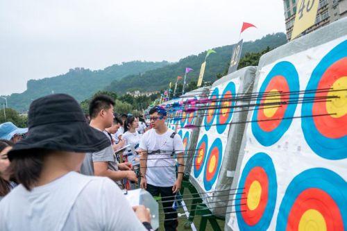海峡网两岸全民健身射箭邀请赛吸引国内草根射箭高手齐聚榕城开弓引箭