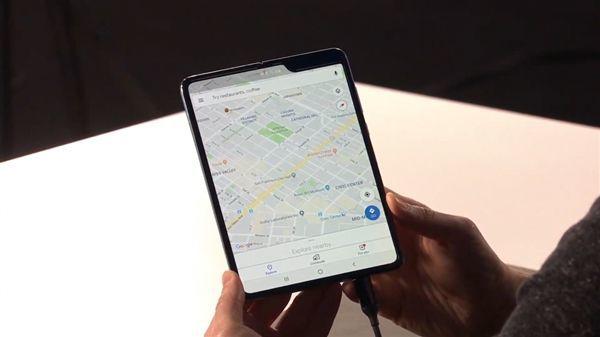 可折叠手机用塑料不耐用?超薄玻璃或是更好选择